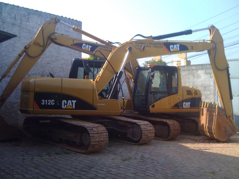 Escavadeiras de 14 toneladas